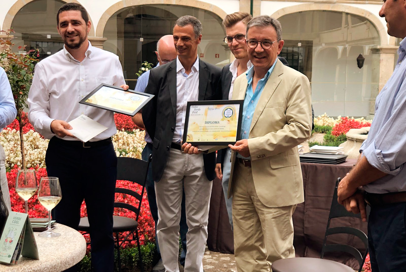 Quinta D´Amares Rosé premiado com medalha de ouro